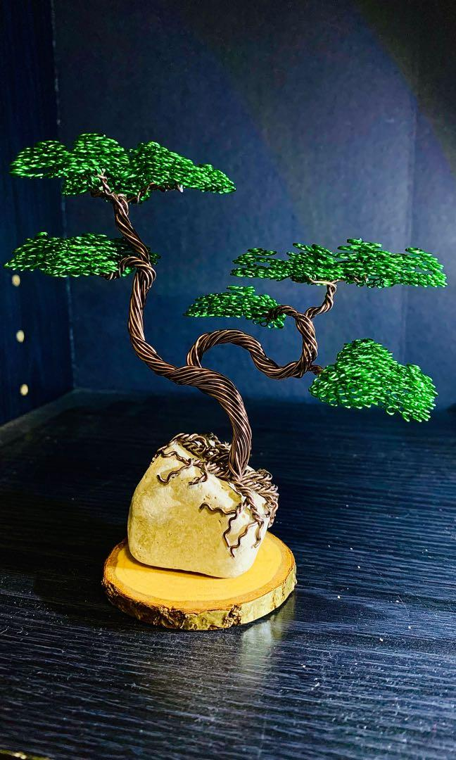 Aluminum wire bonsai tree sculpture