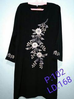 Tunik  hitam bunga