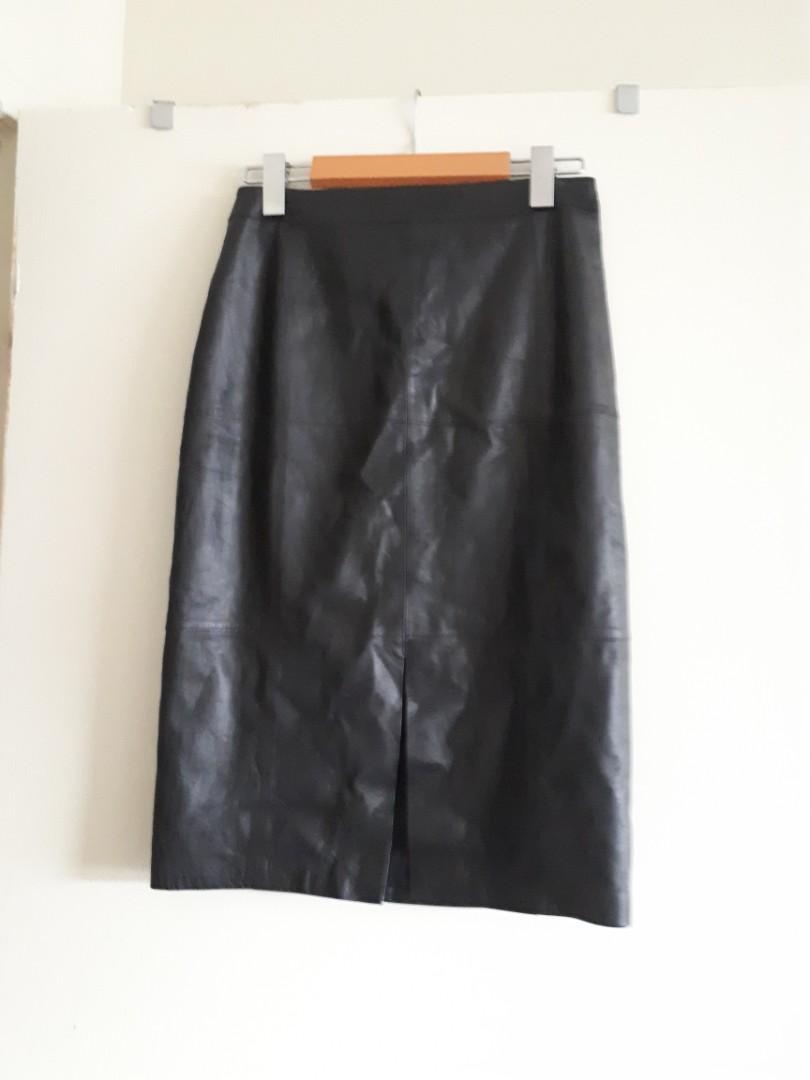 leather longuette skirt