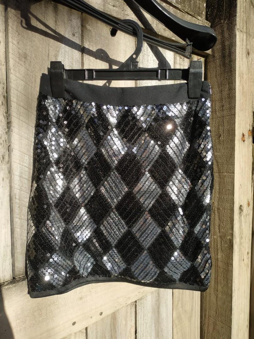 Paete Skirt Black & White Party