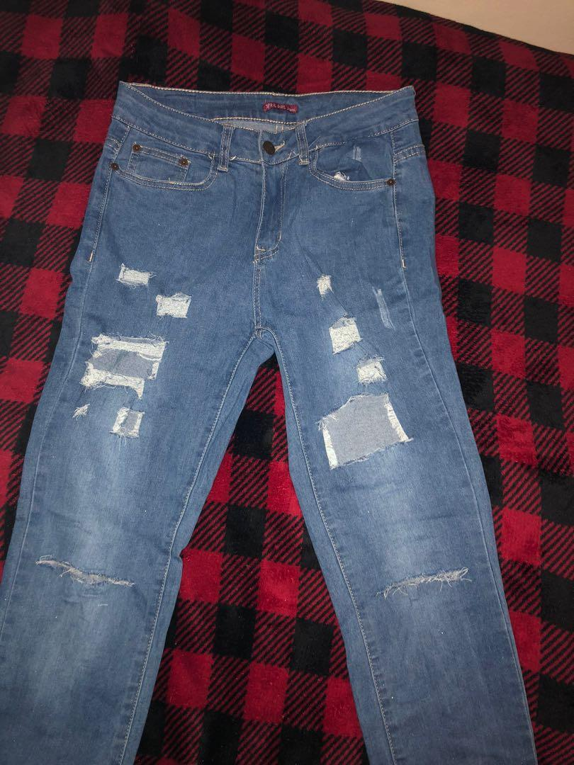 Size 7 high waisted ripped jeans