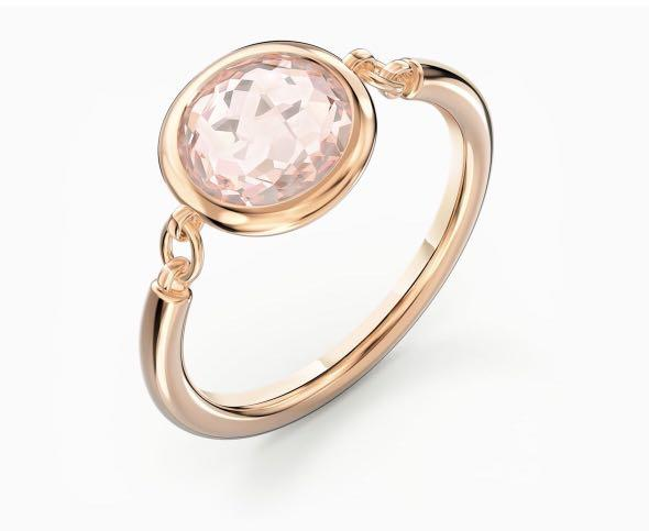 Swarovski Thalia ring, Pink, rose-gold tone plated Size:60