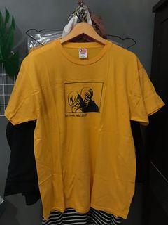 T-Shirt tanpa tepian