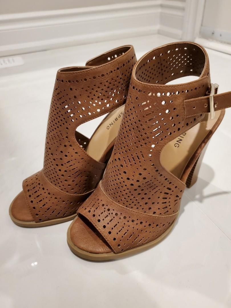 Call it Spring Sandals - 6 Brand New