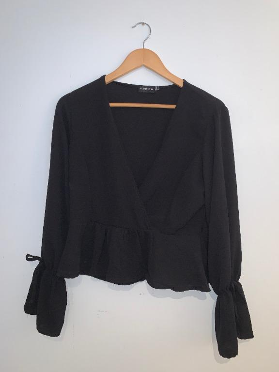Pretty Little Things Peplum, V-Neck, Loose Sleeves Black Top (Size 6)