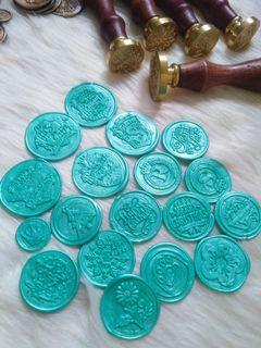 Readymade wax seals for DIY invitation and documents