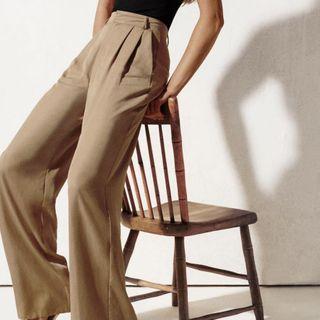 Zara wide leg pleated trousers/pants