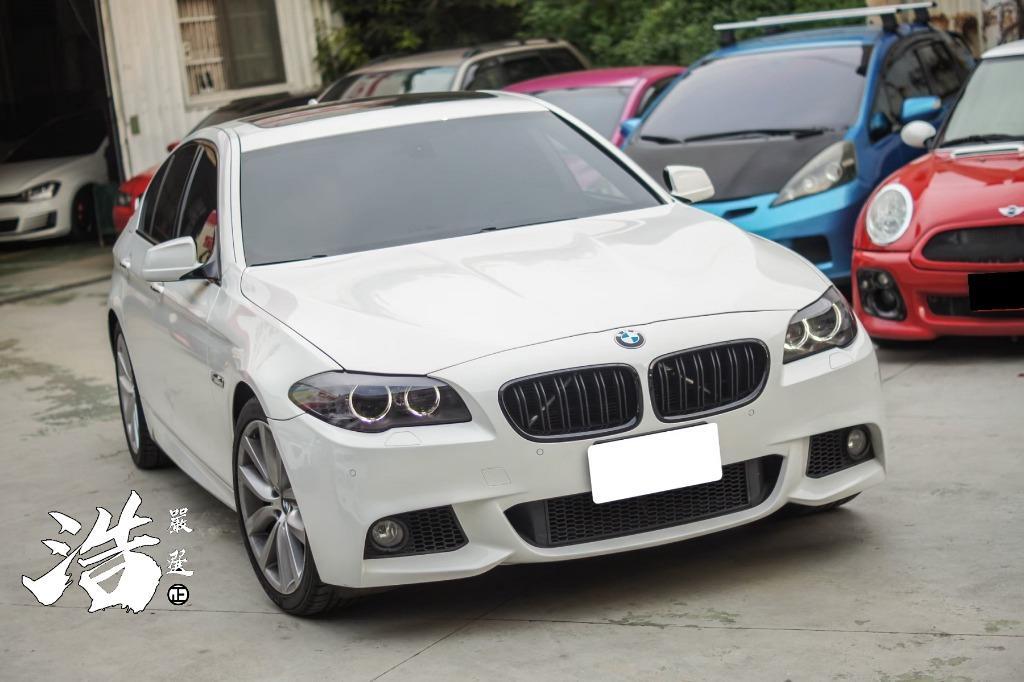 2012年BMW F10 528I 白