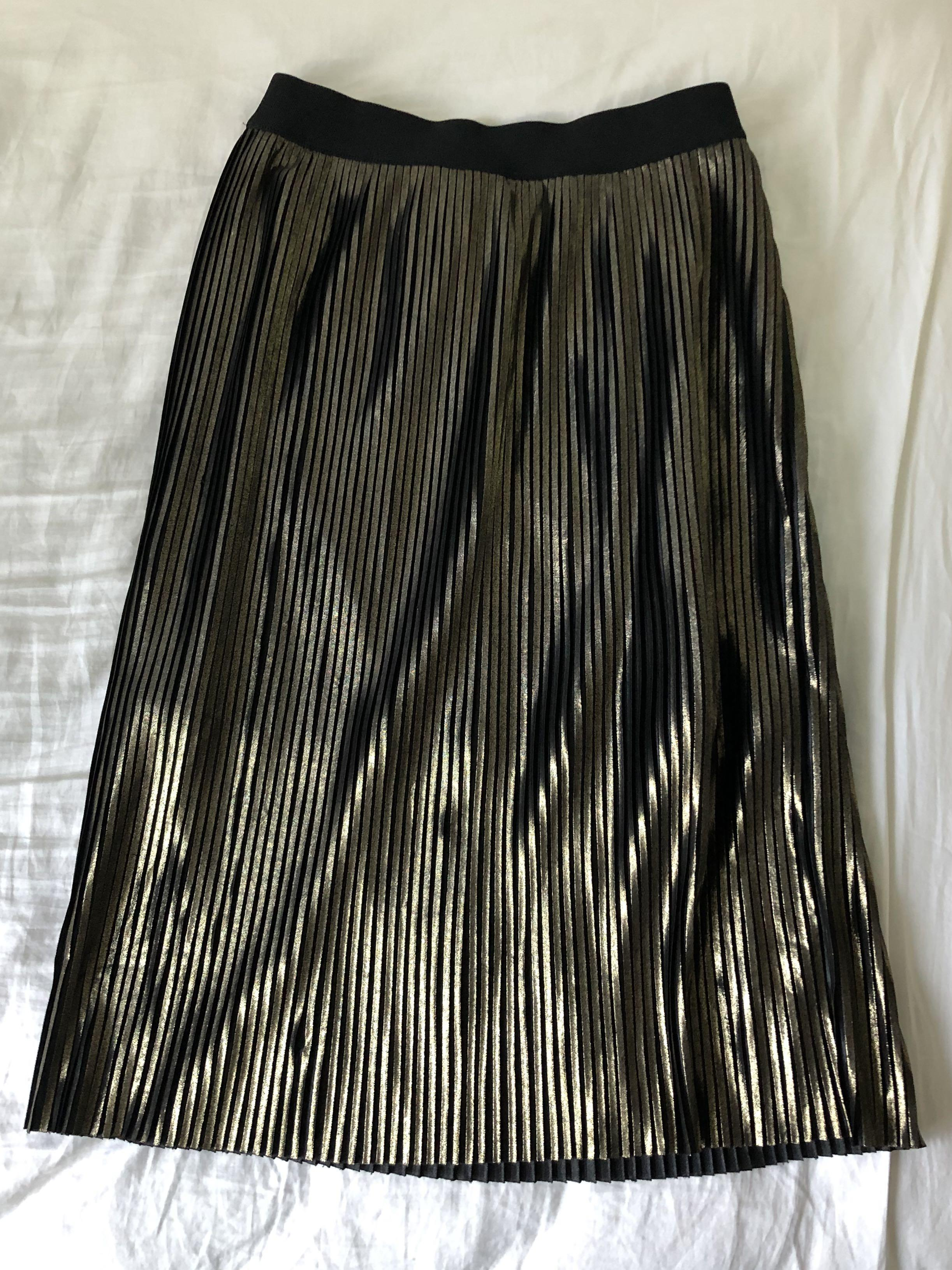 Black & gold metallic pleated midi skirt