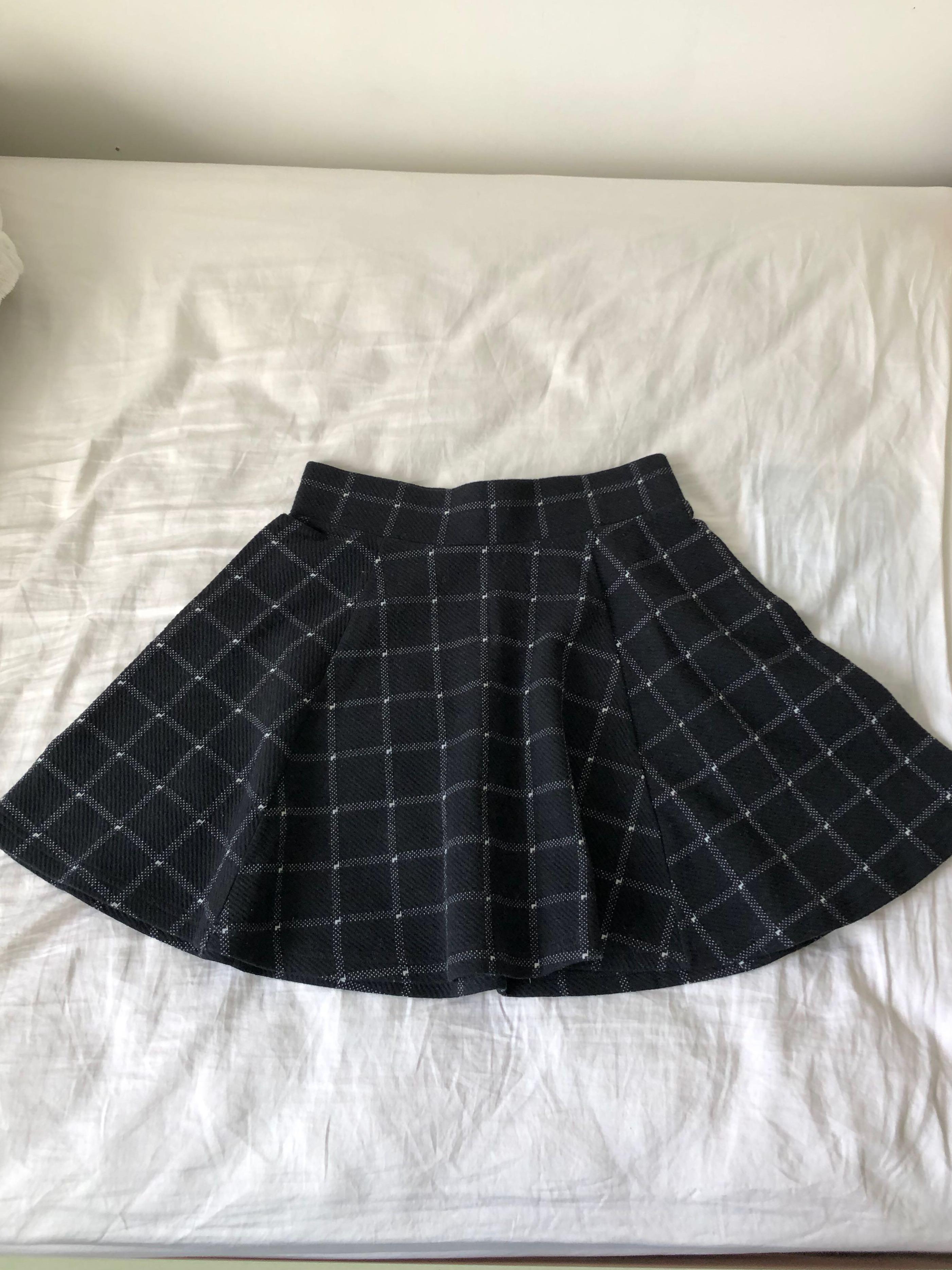 Black & white plaid flared flirty skirt