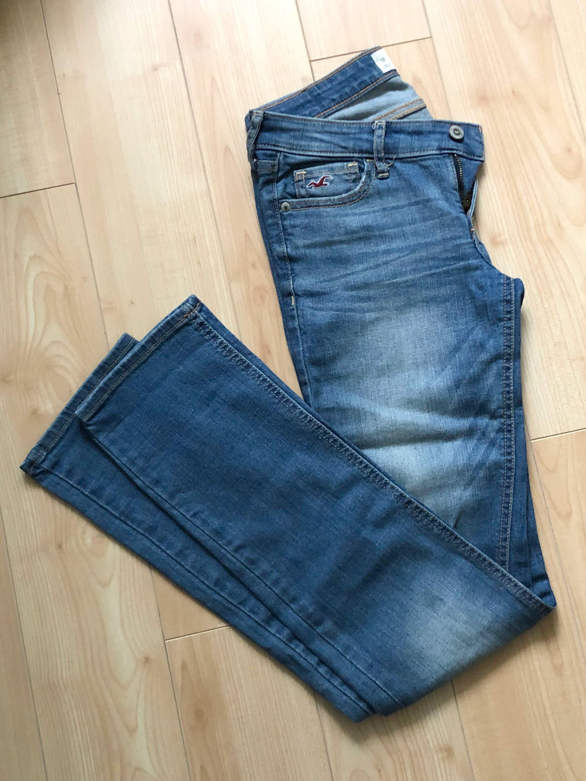 Hollister light wash straight jeans