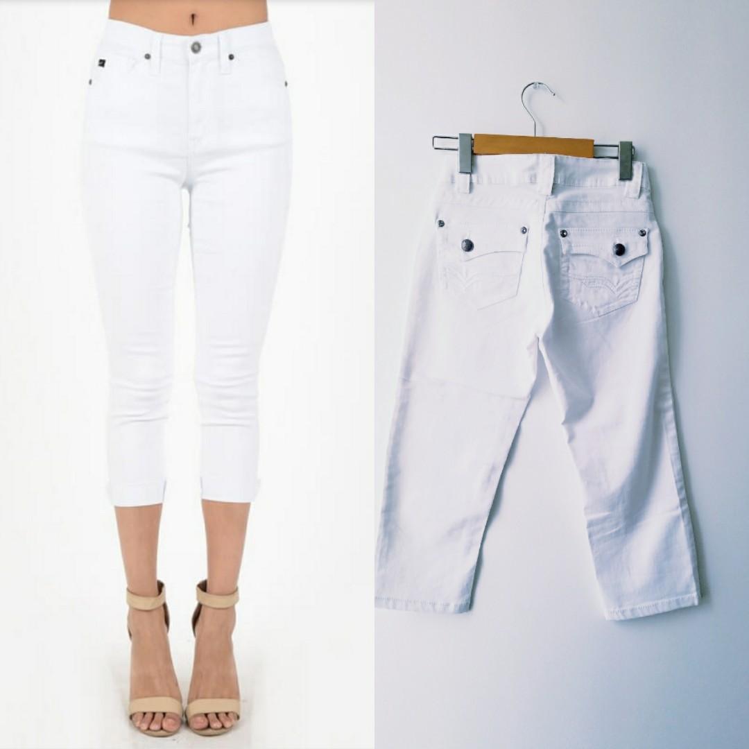 NORDSTROM White Capris Pants (Size 2)