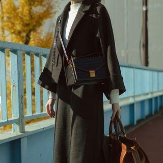 (全新) 伊莉莎白的黑眼圈|雙排釦寬袖羊毛外套 短版外套 斗篷 復古羊毛大衣 Dresseum 從前從前 茂木太太 #換季
