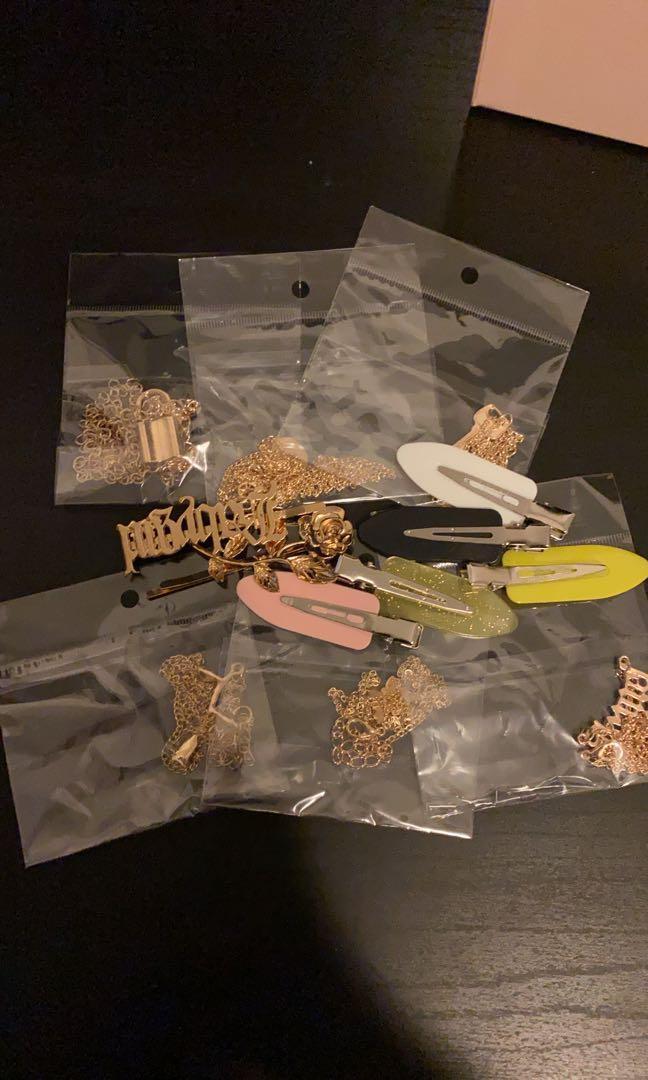 Accessories grab bag $10