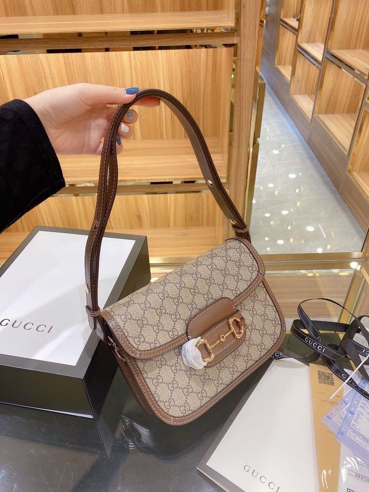 Gucci chip saddle bag handbag shoulder bag