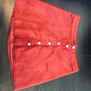 maroon skirt (darker than photo)