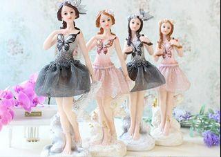 歐式芭蕾舞女孩創意禮品,店舖結束營業出清,一套4件,出清價890元,黑色衣服跟粉紅衣服