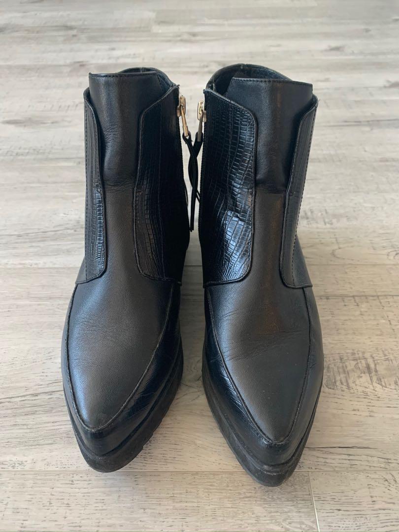 Aska Black faux leather ankle boots (size 39 women's)