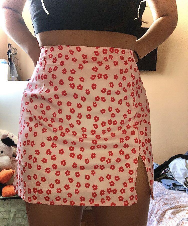 flower print pink mini skirt with slit