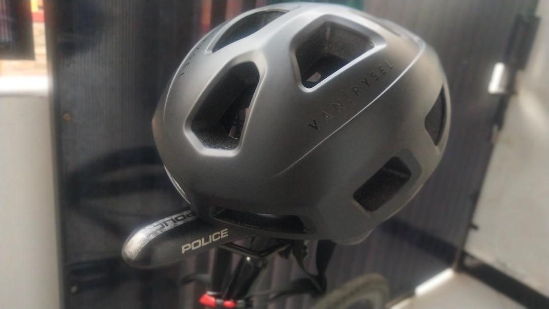 Helm sepeda decathlon RoadR 100 Van Rysel