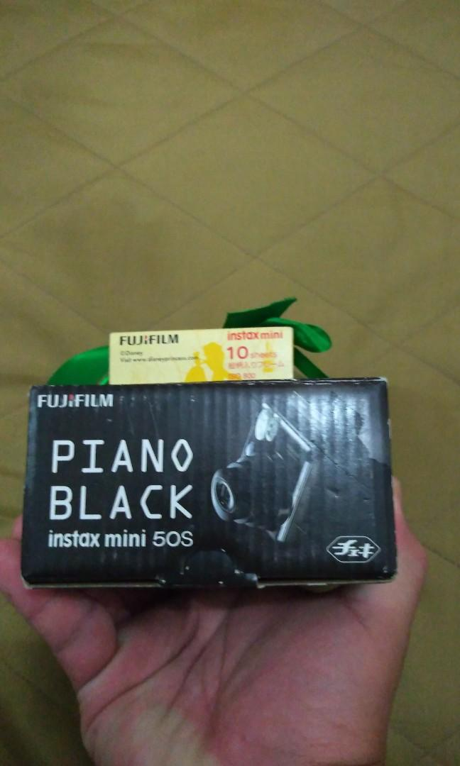 Instax Mini 50S Black Piano + Film