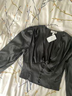 Mendocino • black blouse