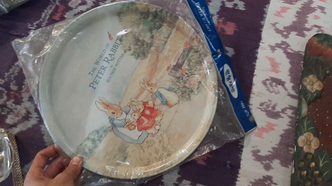Nampan peter rabbit vintage