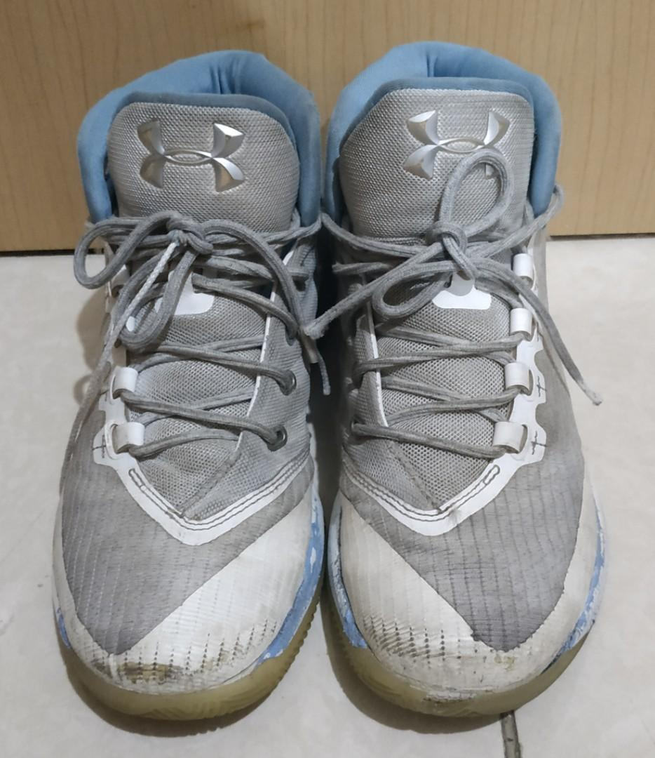 Preloved Sepatu Basket Pria Under Amour Stephen Curie Original Size 42,5