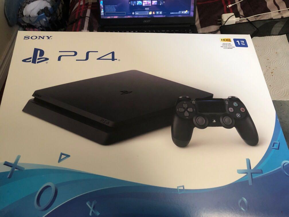 PS4 lightly used