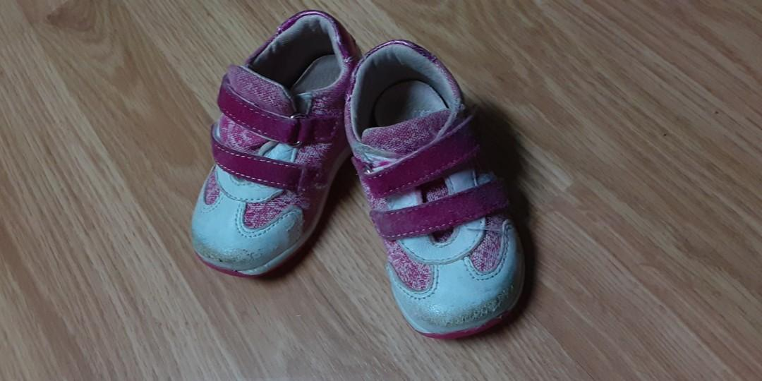 Size 4 baby moccasins, and size 5 toddler sneakers