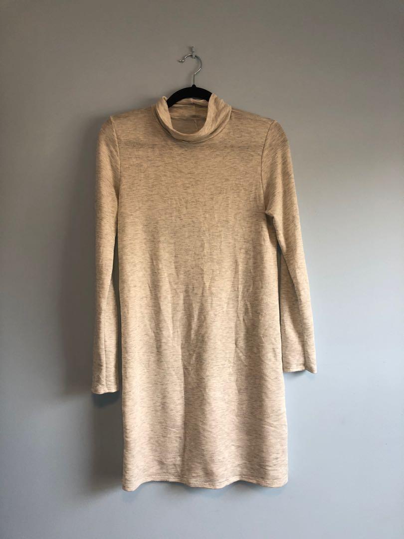 Thin sweater dress