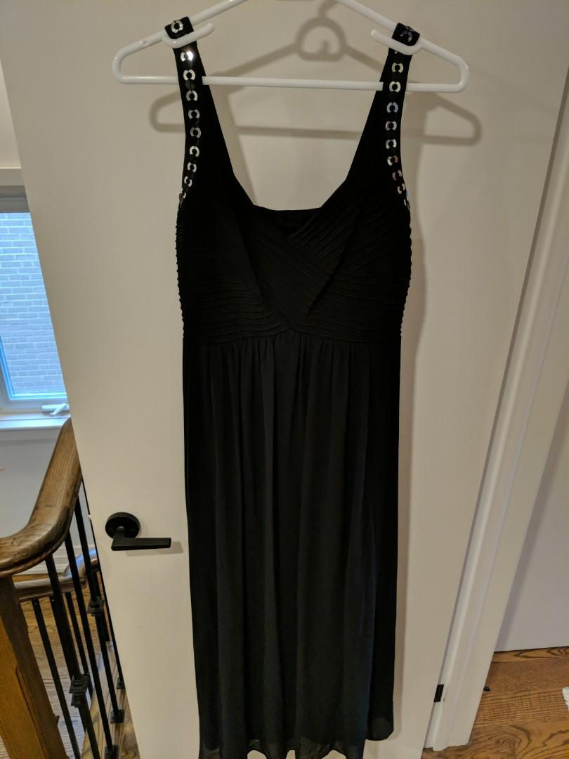 Black Flowing Floorlength Dress (L)