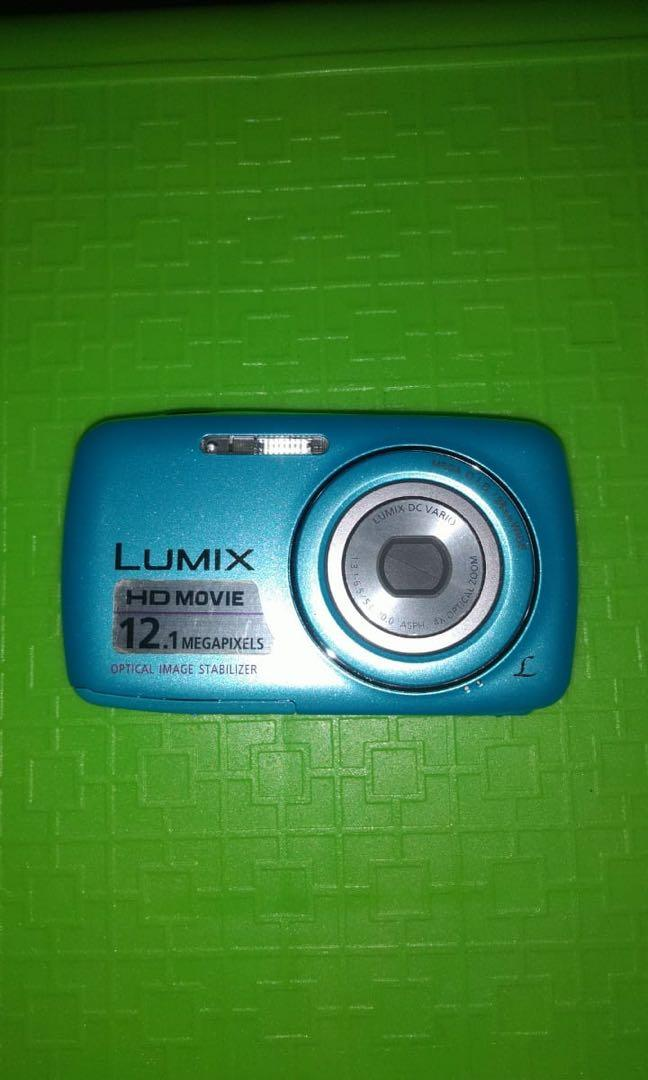 Digital Camera Panasonic Lumix DMC S1