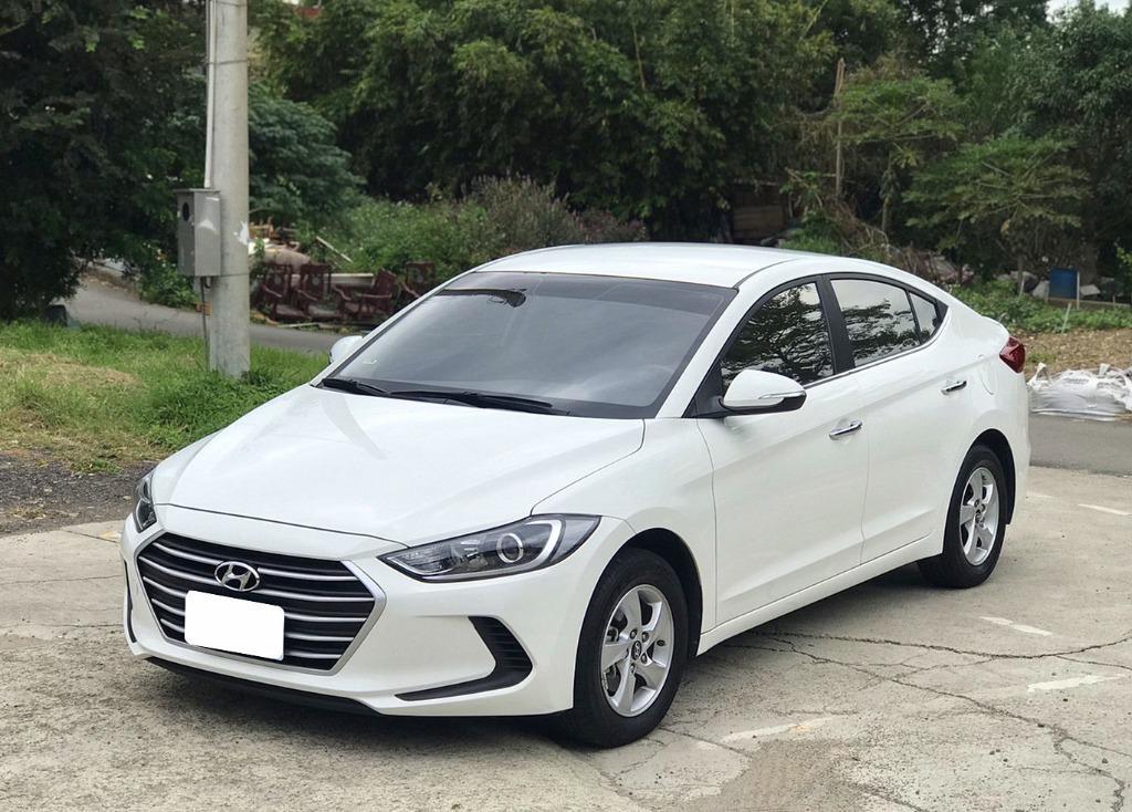 Hyundai 2019年ELANTRA 豪華 1.6 汽油 跑3萬 入庫