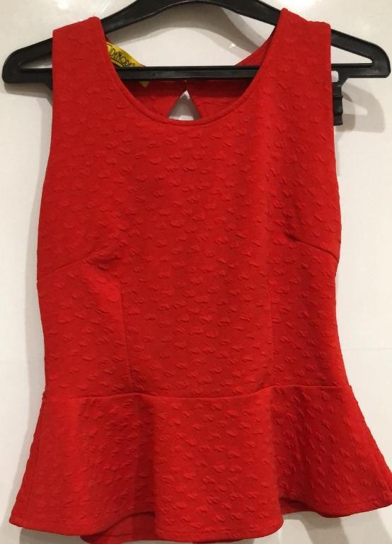 Baju Fashion wanita  merah