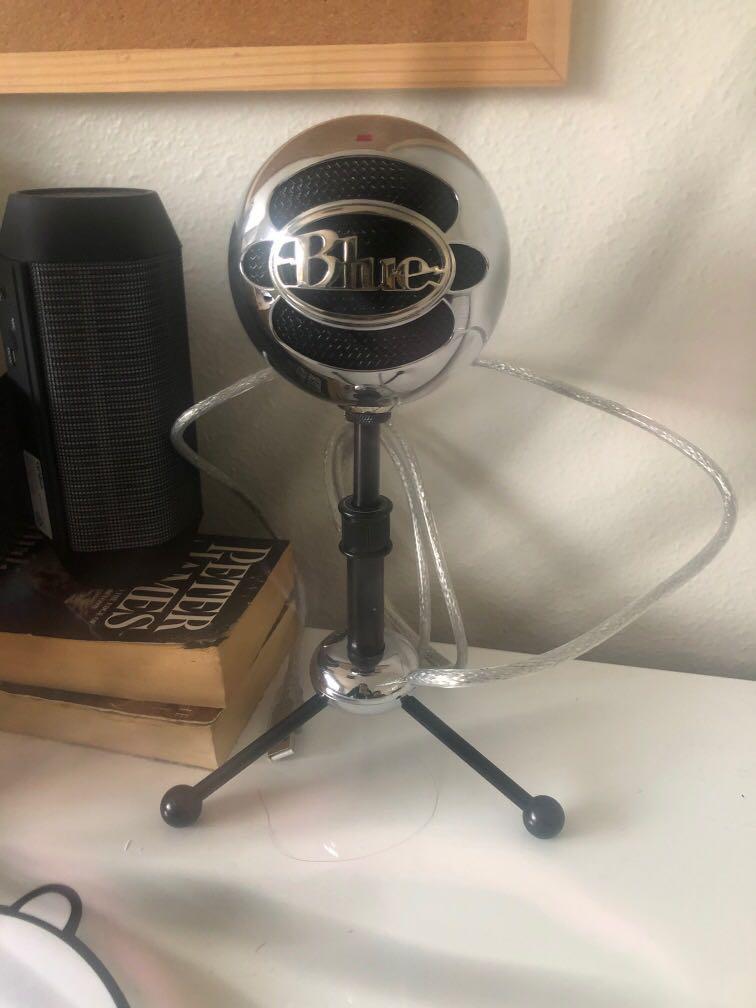 Blue ball Microphone