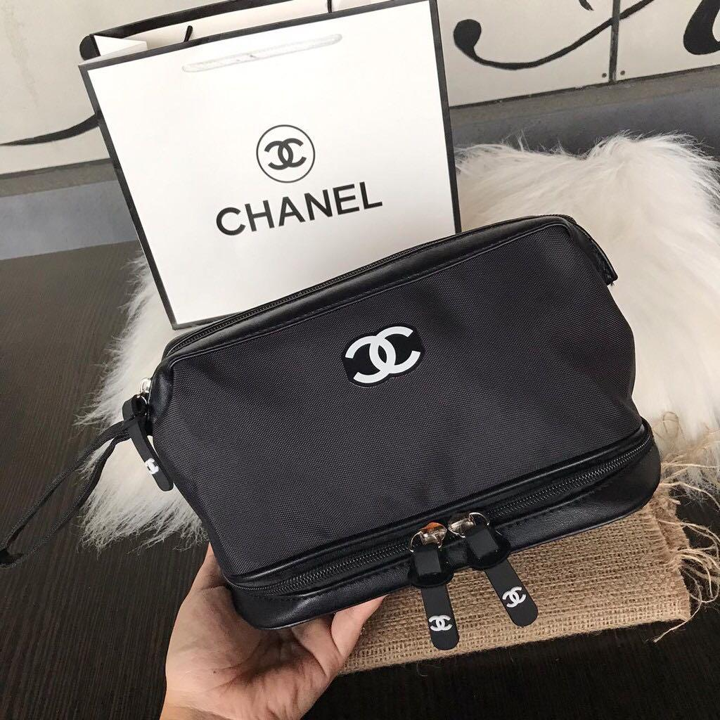 Cosmetic pouch chnl
