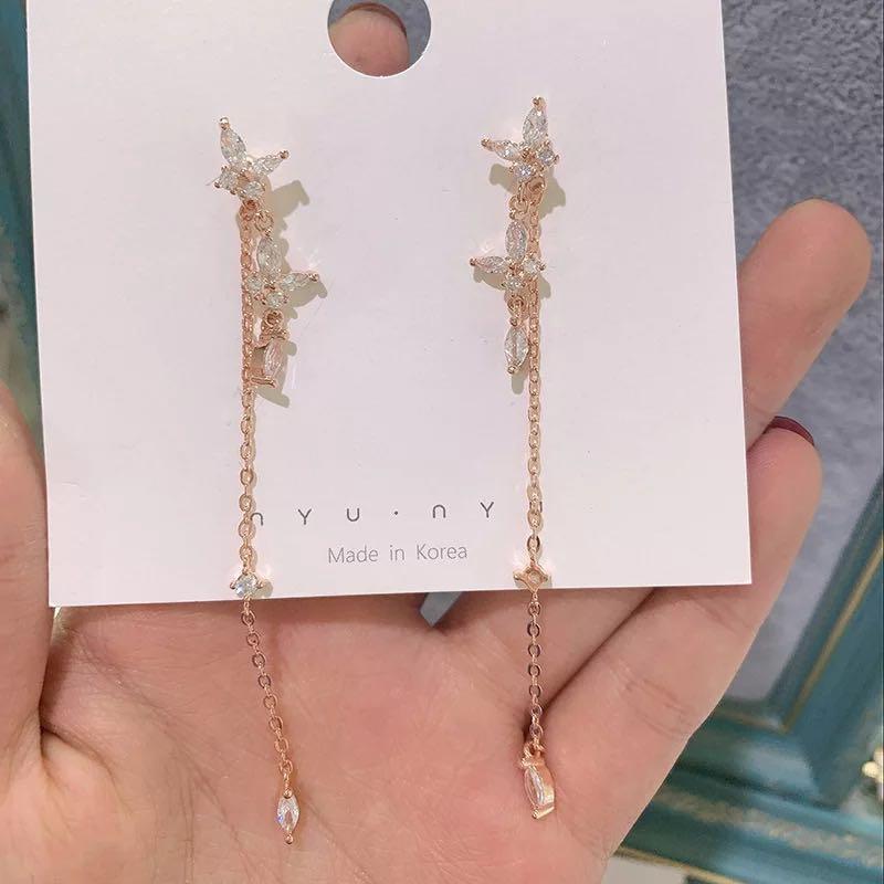 Fallen butterfly drop earrings in Rose Gold