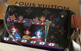 Louis Vuitton Christmas Animation Mini Pochette