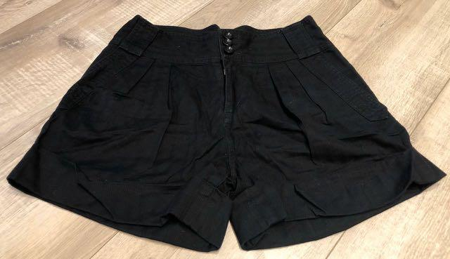 Marc By Marc Jacobs black shorts