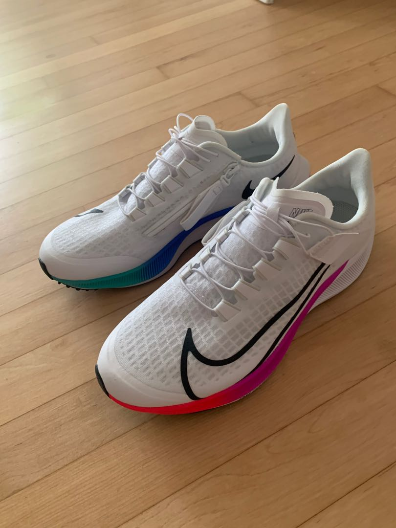 desempleo Tranquilizar blanco como la nieve  Nike Sneakers AIR ZOOM PEGASUS 37 FLYEASE, Men's Fashion, Footwear,  Sneakers on Carousell