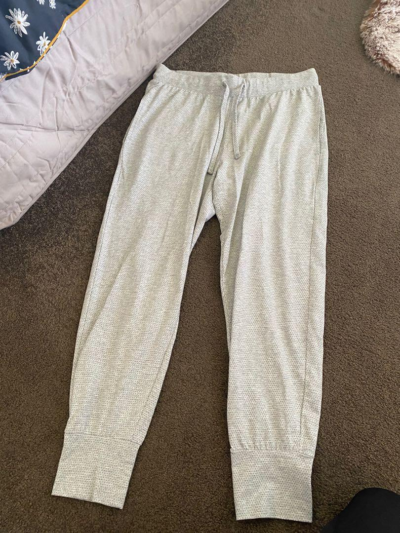 Silent theory trackies