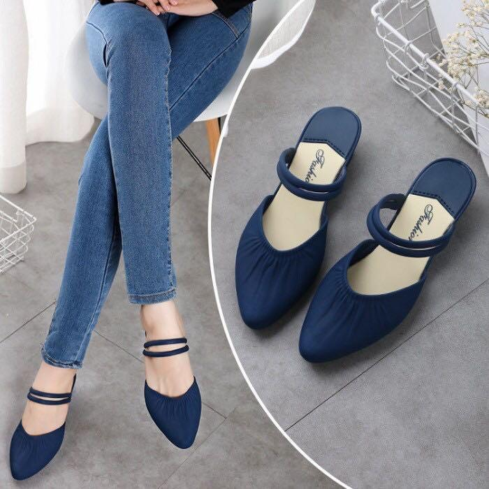 Simple casual sandal