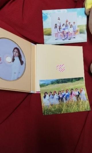 TWICE 第三張迷你專輯♥杏版九成新無小卡價可議