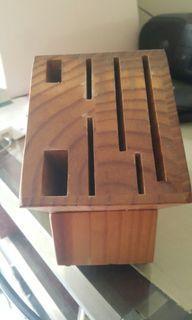 木製儲刀具組