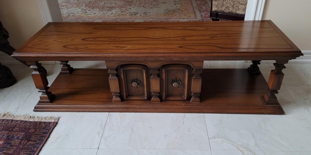 Center Table/Coffee Table