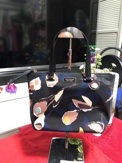 CLEARANCE SALE❗️❗️Kate Spade Insulated Tote Dawn Nylon Paper Rose Black Multi Hand Bag