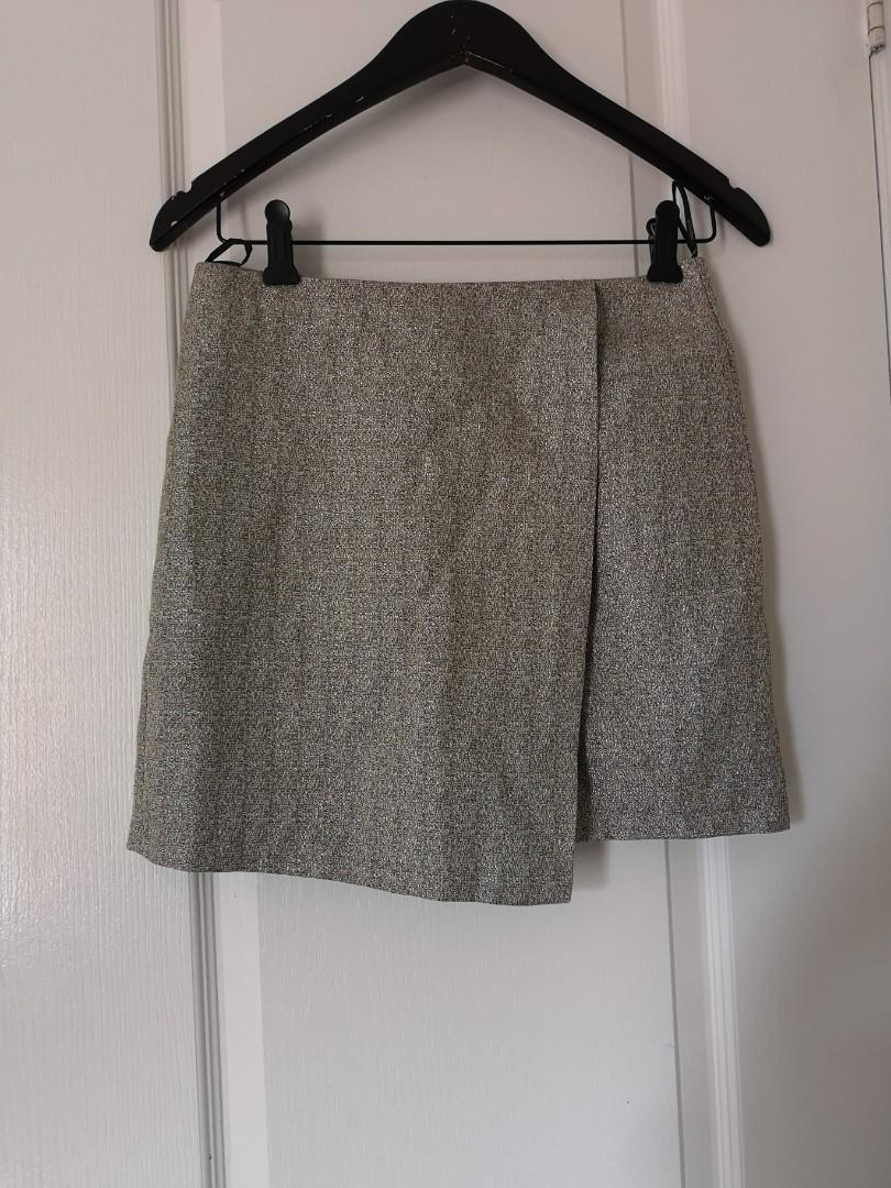 gold mini skirt size s