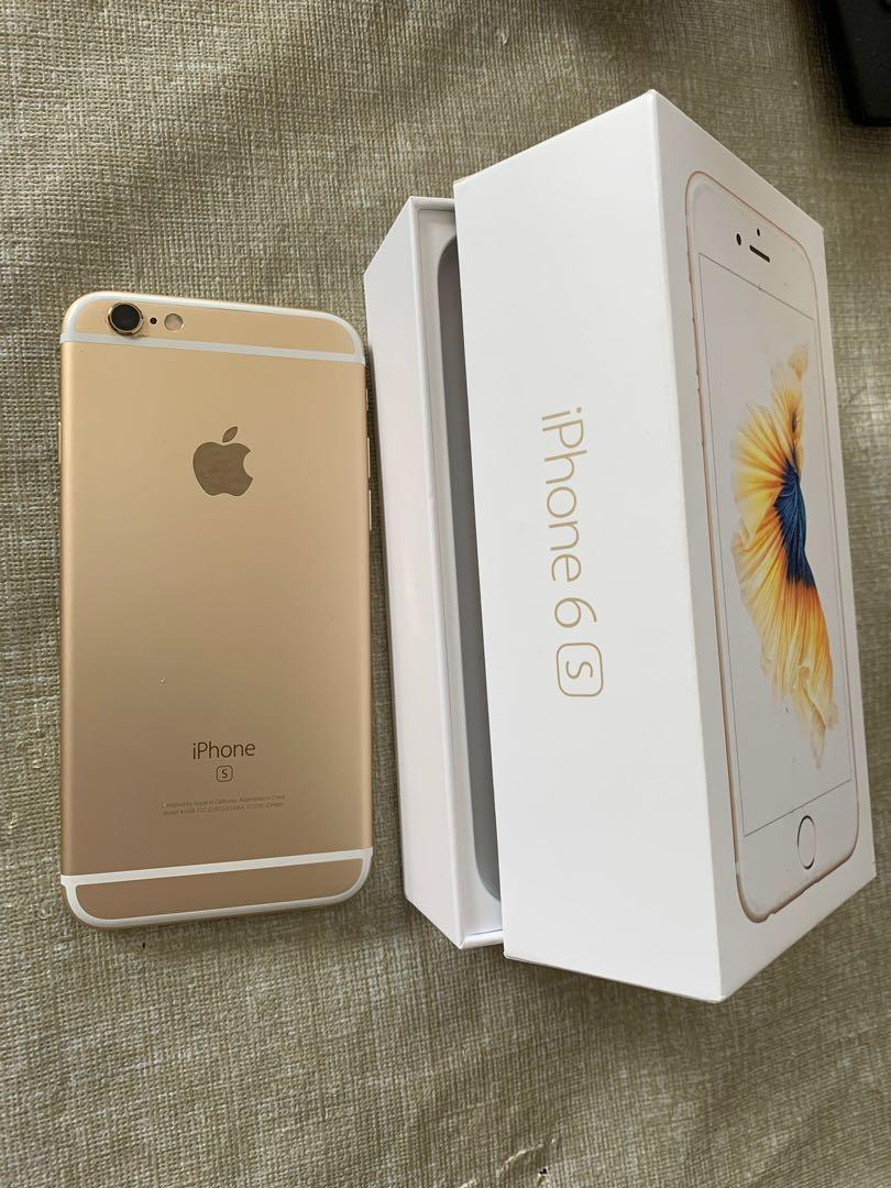 Like New Iphone 6s 32GB unlocked Offers with 2 covers  See my other ads