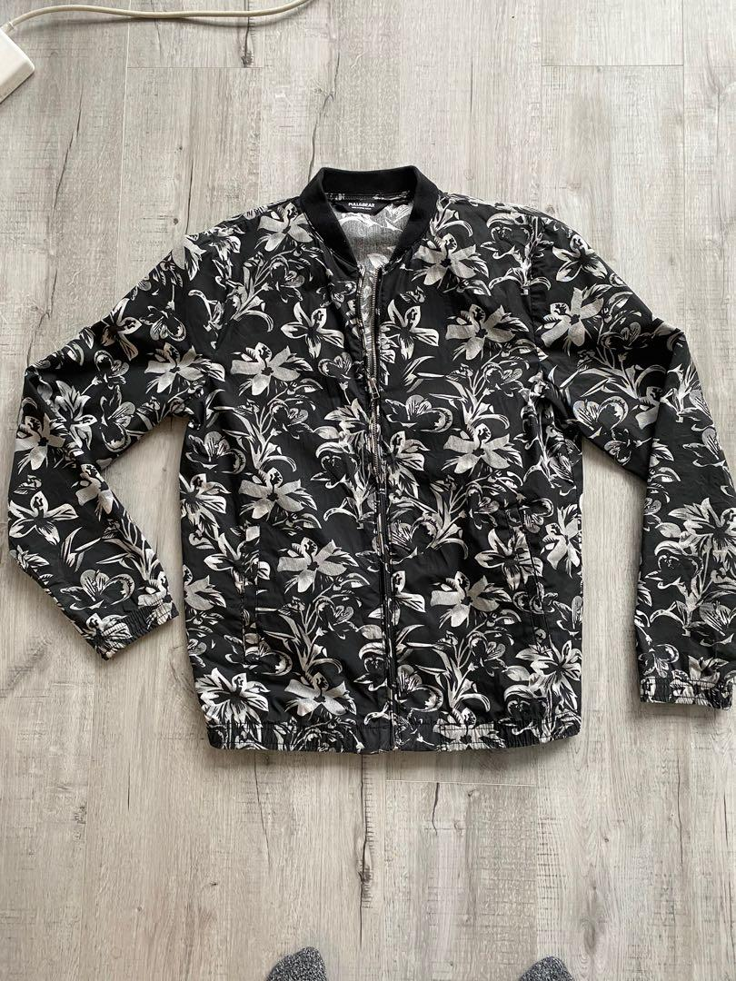 Men's lightweight bomber style jacket- size L